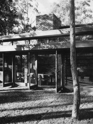 Rickard House II at 10 Kokada Ave, North Turramurra, built in 1961.