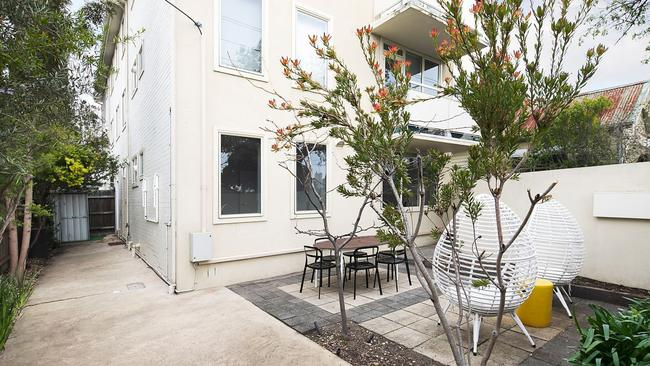 1/48 Miller St, Fitzroy North's reserve price has been published ahead of its auction.
