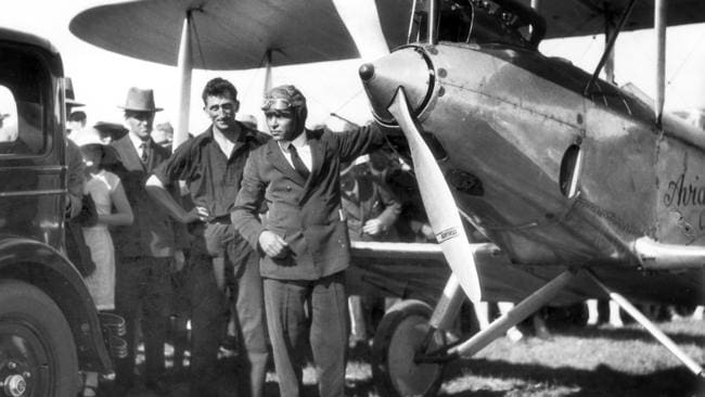 Hinkler broke numerous records during his flying career.