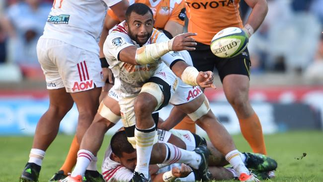 Michael Leitch has switched from the Chiefs to the Sunwolves.