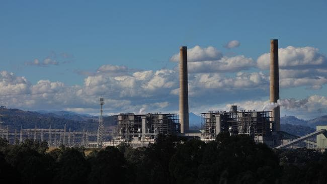 Malcolm Turnbull wants the Liddell power station in the Hunter Valley of NSW to continue operating beyond it's scheduled final five years. (Pic: News Corp)