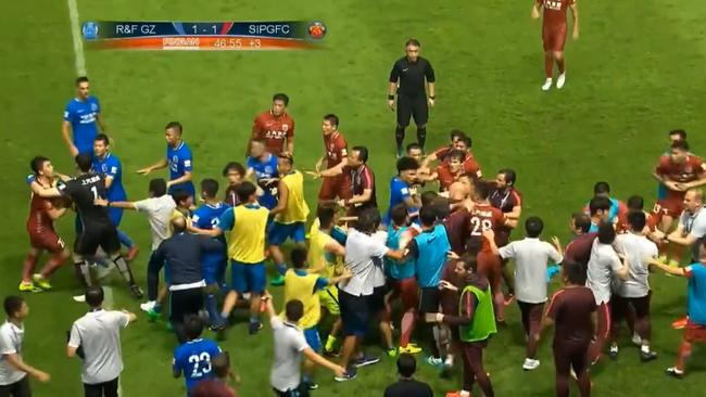 An all-in brawl in the Chinese Super League sparked by Oscar.