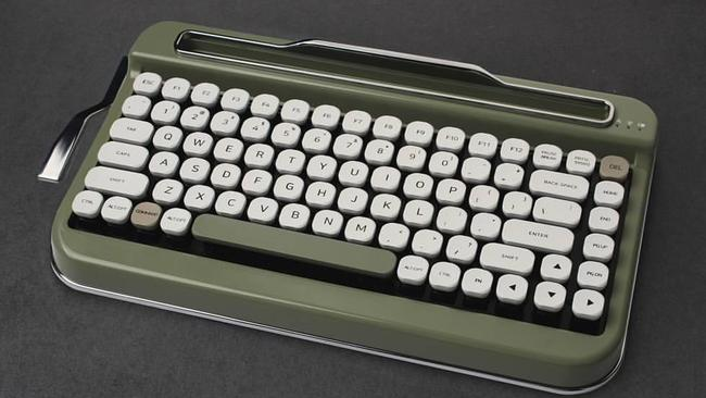 Penna keyboard: Wireless Bluetooth typewriter keyboard is peak hipster
