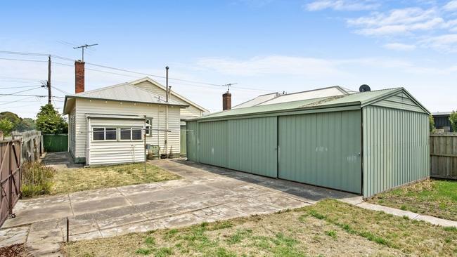 The large tradesman's garage drew plenty of buyers in.
