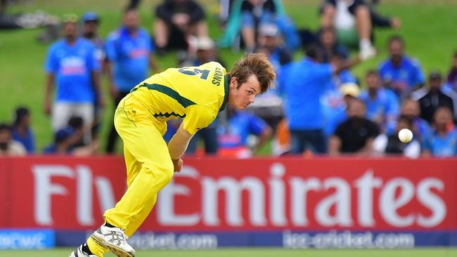 Zak Evans bowled during the U19 cricket World Cup for Australia.