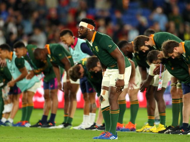 The Springboks thank the Yokohama crowd after their World Cup victory.