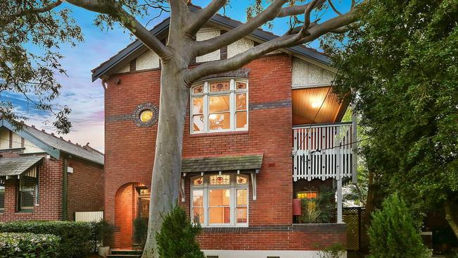 16 Gould Avenue, Lewisham sold for more than $400,000 over reserve.