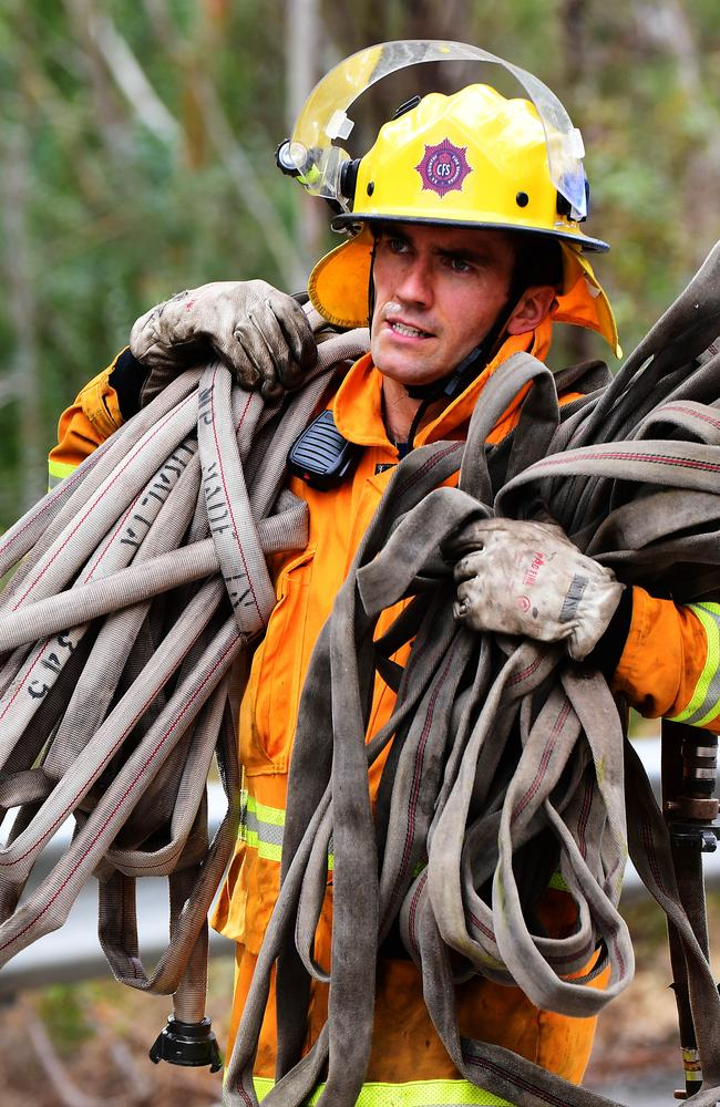 CFS crews at work on Gorge Rd. Picture: AAP / Mark Brake