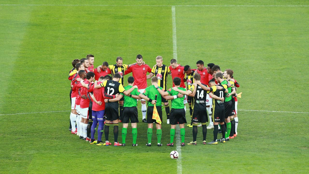 Nix and Wanderers join with the refs to pay their tributes