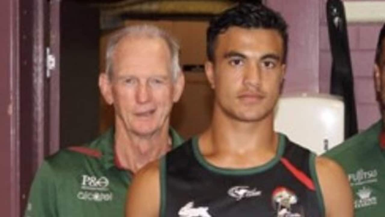 Joseph Suaalii with Wayne Bennett and John Sutton after signing with South Sydney.
