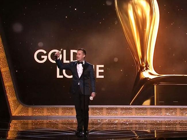 Grant Denyer accepting his Gold Logie.