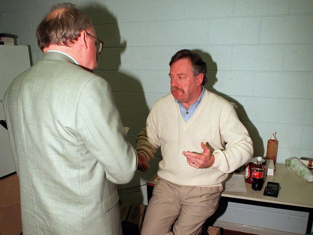 Tony Peek with former AFL CEO after the lights went out at Waverley Park in 1996.