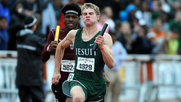 Matthew Boling sprinting: Athletics star from Texas shatters