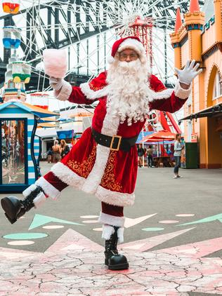 6733a48e43b Luna Park s Santa Experience let s you take your Santa pictures in front of  the Harbour and