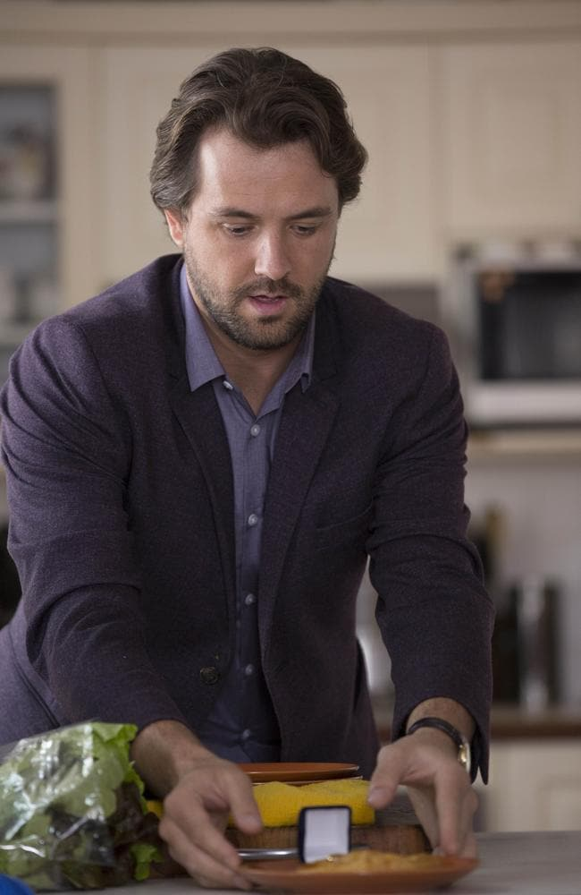 House Husbands: Alex proposes to Kane   Gay Marriage