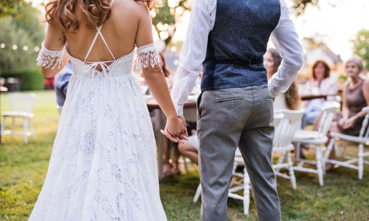 Bride hits wedding guests with most exhausting task ever