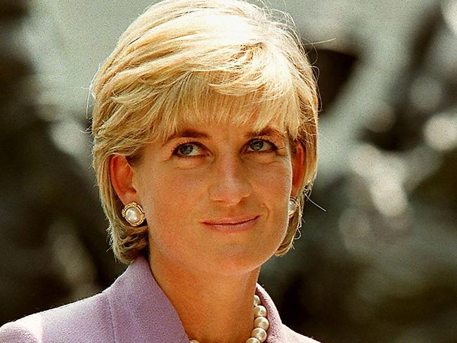 Diana, Princess of Wales (L), at a ceremony at Red Cross headquarters in Washington in June 1997. Picture: AFP