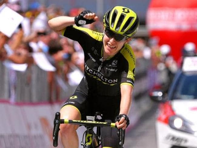 Cyclist Amanda Spratt takes over the lead of the women's Giro