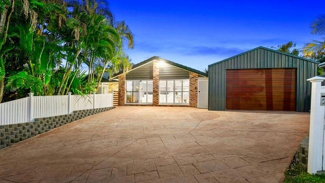 25 Hanover Drive, Alexandra Hills, sold for $892,000 before auction in the leadup to Spring.