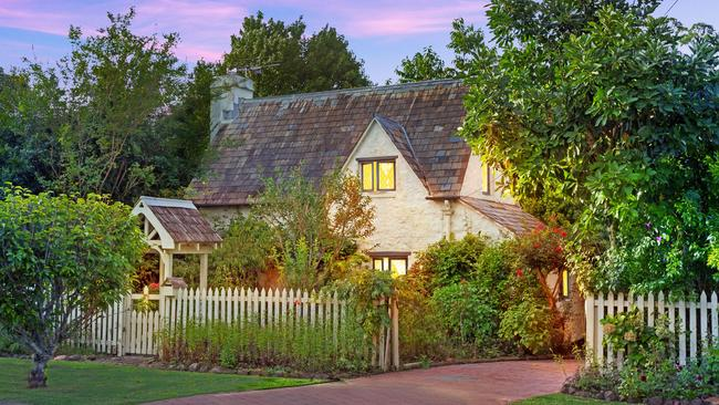 The builder had to go all the way to England to learn techniques to make this cottage.