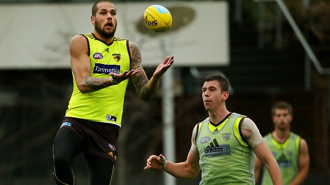 Form ... Lance Franklin marks in front of teammate Andrew Boseley.