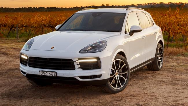 porsche cayenne reviews and prices. Black Bedroom Furniture Sets. Home Design Ideas