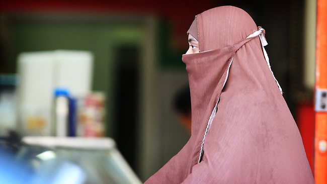 Full-face Covering Disguises The Fear Of Muslim Women In