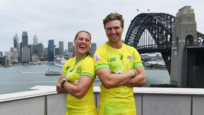Sharni Williams and Lewis Holland will lead Australia at the Sevens World Cup.