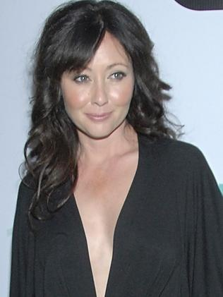 His friend and former co-star Shannen Doherty.