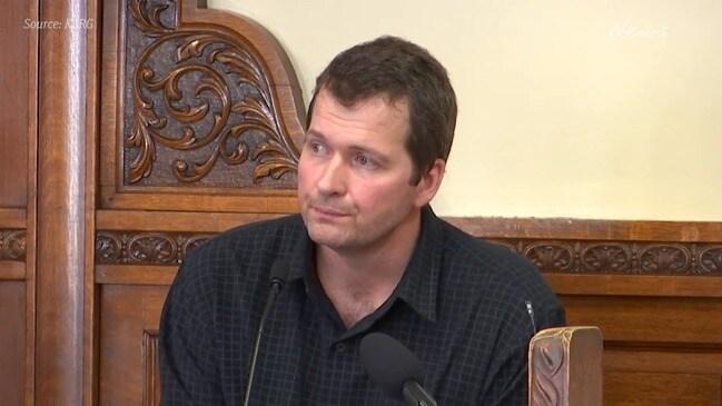 Todd Mullis testifies in court over wife's alleged murder