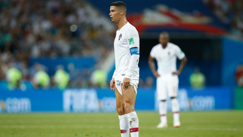 c6d963b26 Portugal s forward Cristiano Ronaldo prepares to take a free-kick during  the Russia 2018 World