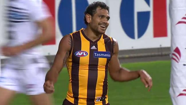 Cyril Rioli rues a missed shot at goal.