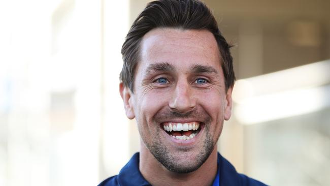 Mitchell Pearce has signed with the Knights.