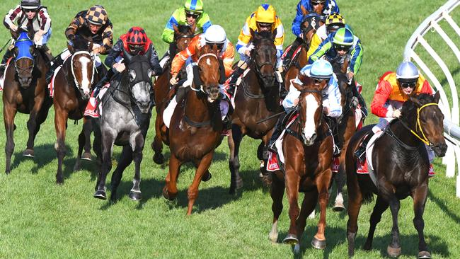 As the field turns for home those handy runners look to tackle the leading pair. Picture: Getty Images