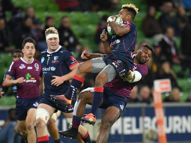 Samu Kerevi earned a yellow card for this challenge on Will Genia.