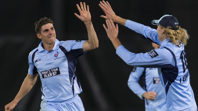 Sean Abbott ripped through the Tasmanian batting at North Sydney Oval.