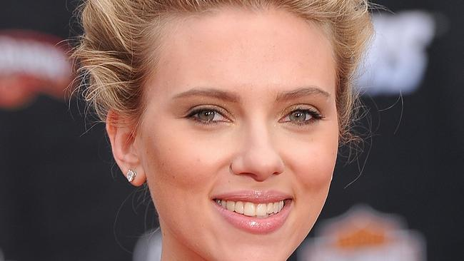 Scarlett's soft smile sends millions of fans crazy. Source: Getty Images