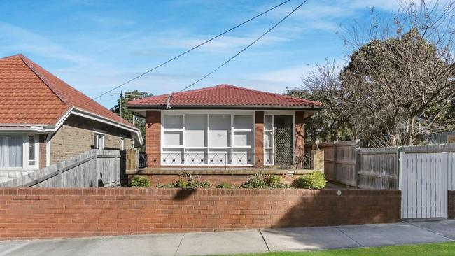 Two blocks on Middle St in Kingsford sold for over $7 million.