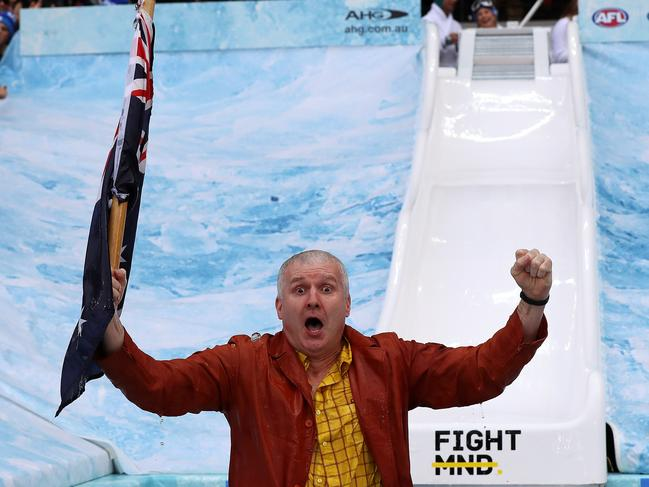 Gazey! Hoops legend and Sydney 2000 flag-waver Andrew Gaze continued to carry the flag in 2017. Pic: Michael Klein