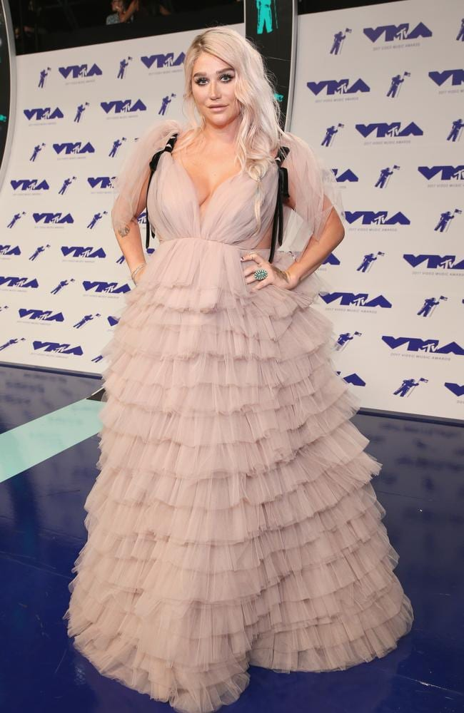 Kesha took inspiration from your nan's toilet roll holder.