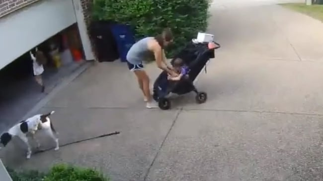 … the little girl takes the opportunity to ride the automatic door while her mum is occupied.