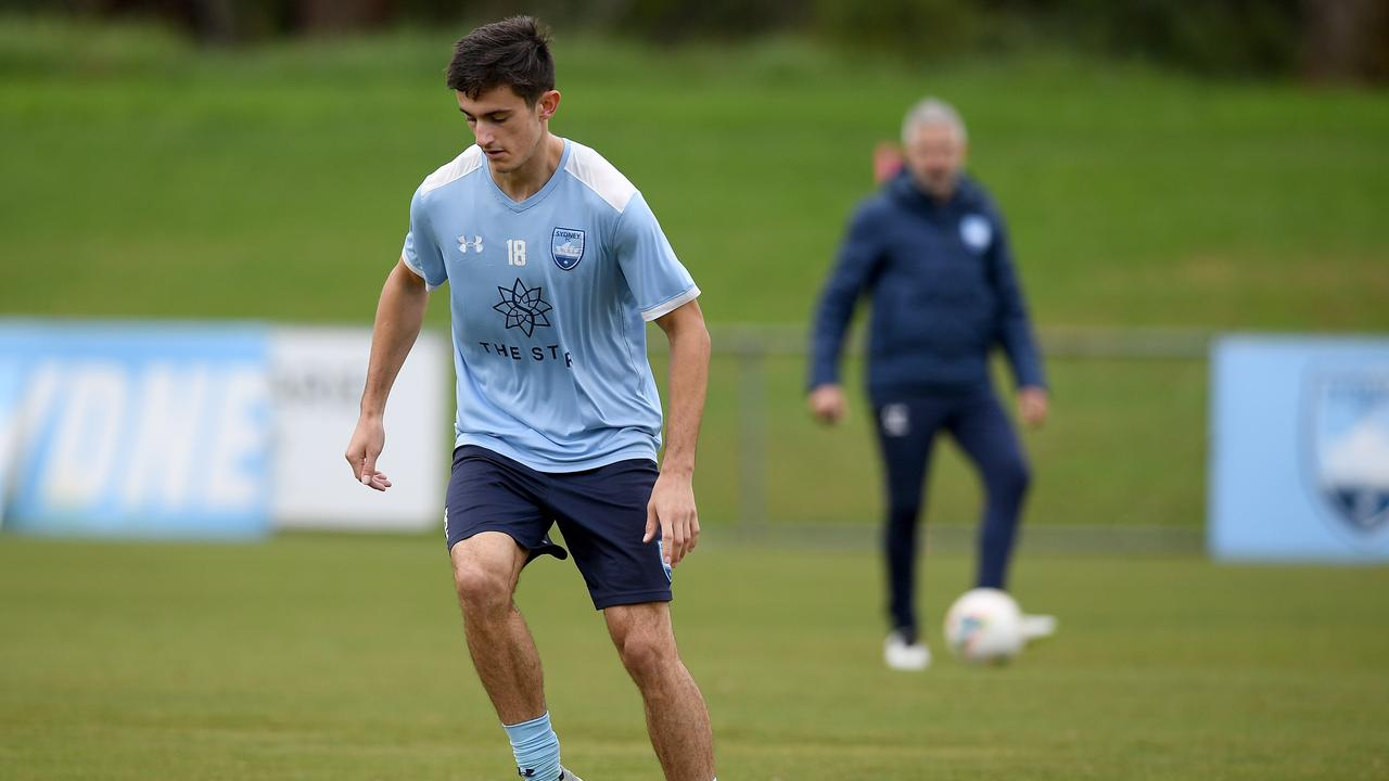 Sydney FC's Luke Ivanovic trains ahead of the A-League season's resumption. Picture: AAP Image/Dan Himbrechts