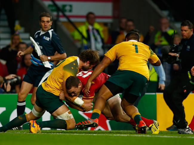 Ben McCalman produced a near man-of-the-match performance in just 30 minutes, preventing this certain try from George North.