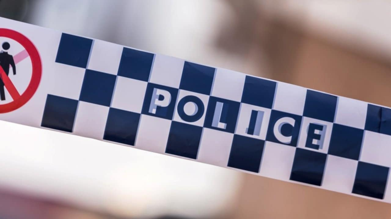 Two teens critical after Melbourne stabbing