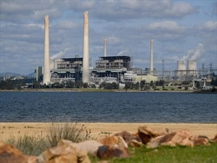 Keep power stations on 'flat out': Taylor