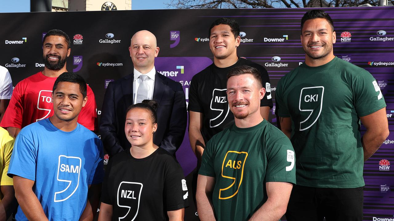 Todd Greenberg and representatives of the Nines World Cup teams.