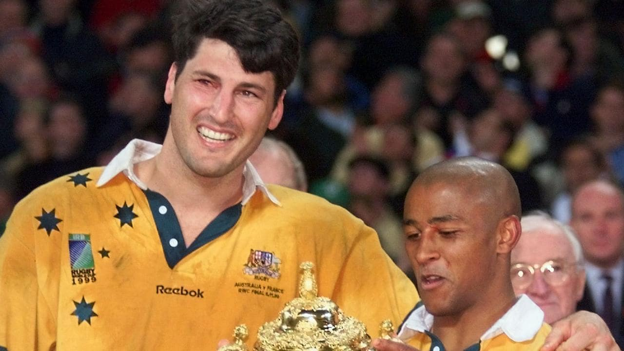 Australian captain John Eales and George Gregan with the 1999 Rugby World Cup 1999.
