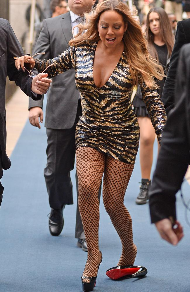 Mariah Carey Cant Walk All The Times She Needs A Helping Hand  Pics  Herald Sun-9074