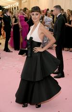 Penelope Cruz attends The 2019 Met Gala Celebrating Camp: Notes on Fashion at Metropolitan Museum of Art on May 06, 2019 in New York City. (Photo by Neilson Barnard/Getty Images)