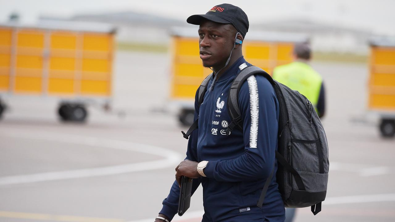 Benjamin Mendy arrives in Russia with the French national team.